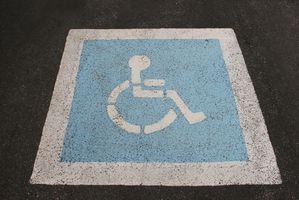 Come trasferire una sedia a rotelle per un seggiolino per auto