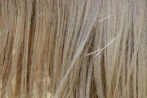 Come fermare i capelli deboli di cadere