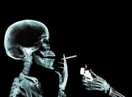 Rischi per la salute di seconda mano fumo