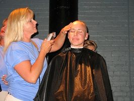 Perdere i capelli durante la chemioterapia