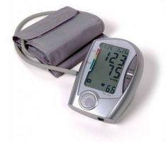 Come misurare la pressione con uno sfigmomanometro..