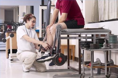 Come riabilitare un infortunio al ginocchio ACL