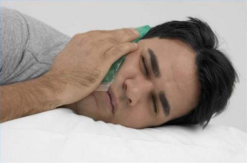 Come alleviare il dolore causato da nevralgia del trigemino