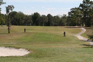 Come giocare un torneo di golf che utilizza un formato SET Scramble