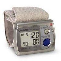 Come pulire Polsini su monitor pressione sanguigna del polso