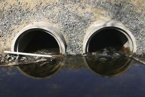 I livelli di detriti in tubi di fogna