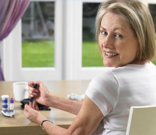 Come utilizzare un kit per il test iniziale Colesterolo