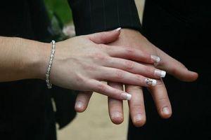 Come diagnosticare macchie bianche sulle unghie per la Salute