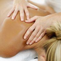 Come utilizzare Digitopressione Punti per dolore al collo