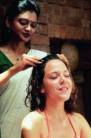 Come aumentare la crescita dei capelli con massaggio del cuoio capelluto