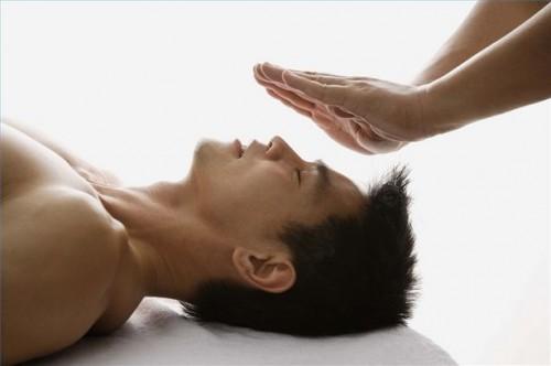 Come guarire spiritualmente Attraverso Reiki