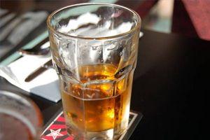 Le caratteristiche di avvelenamento da alcol