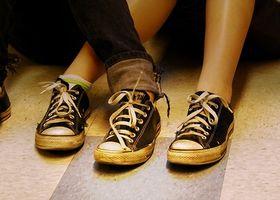 Quali sono le cause di formicolio e crampi nei piedi?