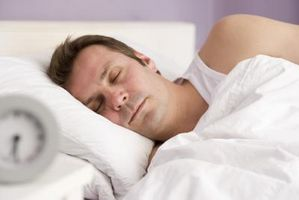 Il trattamento per bocca asciutta Dalla respirazione attraverso la bocca durante il sonno