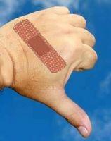 Come rimuovere il nastro adesivo dalla pelle
