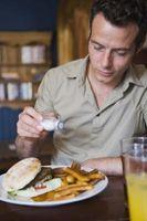 Come ridurre la quantità di sale che si mangia