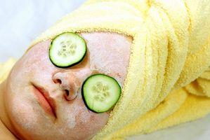 Sono peeling del viso benefico per chi soffre di acne?