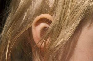 Come Instillare Gocce dell'orecchio nei bambini