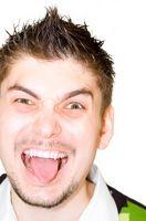 Che cosa potrebbe causare vesciche sulla lingua?