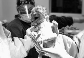 Come dare un CPR neonato
