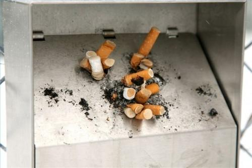 Come vivere con un fumatore