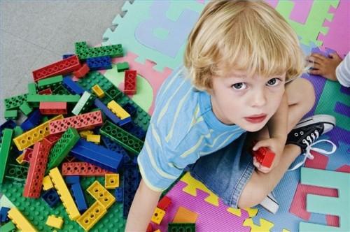 Come ridurre il rischio di un bambino di soffocamento su Giocattoli