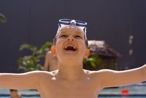 Esercizi in piscina per bambini disabili
