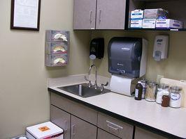 Aiuto medico per problemi di stomaco
