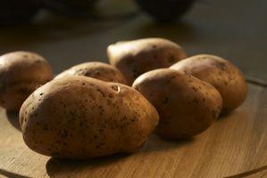 Come fare Patate al forno in crosta di sale