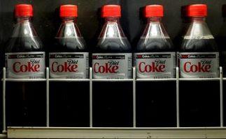 Perché sta bevendo Coca-Cola un male per il corpo?