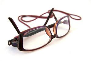 Come rimuovere i pannelli laterali di occhiali da vista di sicurezza