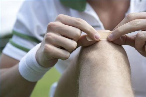 Come curare le ferite con le erbe