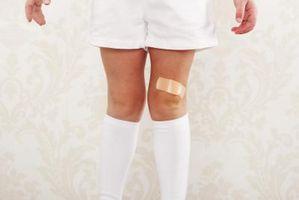 Che cosa provoca macchie ruvide sulle ginocchia?