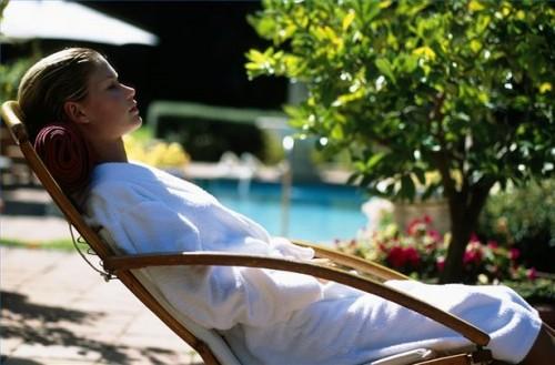 Come rilassare il corpo in auto-ipnosi