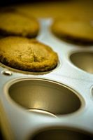 Come rimuovere Muffins Stuck in Pan