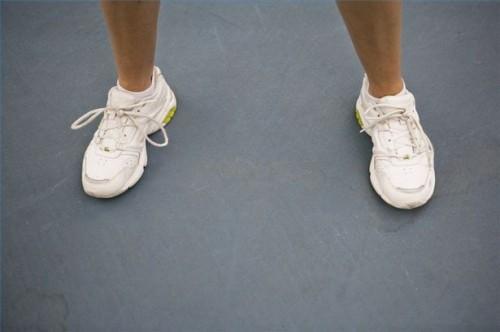 Come trattare bolle quando si indossano le scarpe che li hanno provocati