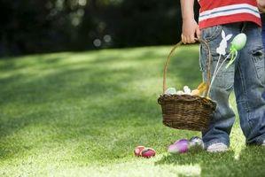 Come tagliare una torta di uovo di Pasqua